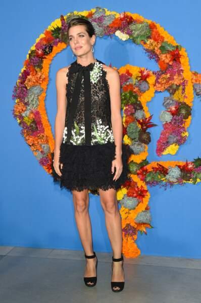 Avec sa silhouette longiligne, Charlotte Casiraghi dévoile souvent ses jambes parfaites
