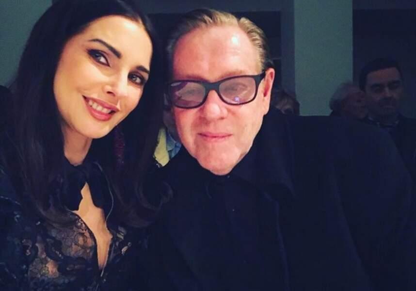 Petit selfie avec Hervé Leroux, dont la mode très près du corps l'a toujours séduite.