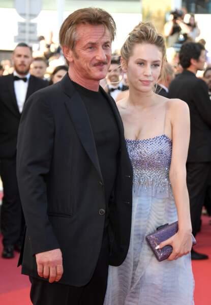 Sean Penn, en Giorgio Armani, et sa fille Dylan Penn, en Giorgio Armani Privé
