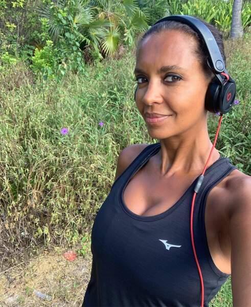 À 51 ans, Karine affiche une silhouette impeccable et partage sa routine sportive sur les réseaux sociaux