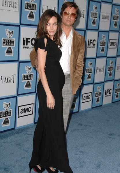 Angelina Jolie enceinte de Shiloh en 2006