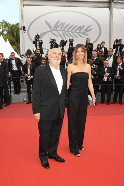 Patricia Campi dans une combi-pantalon sobre et chic