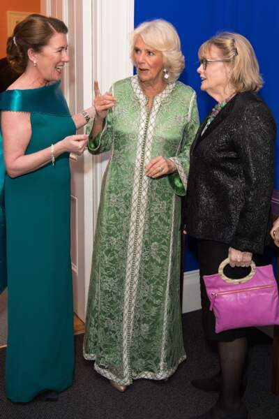 Un look étonnant de Camilla Parker Bowles pour célébrer la St Patrick