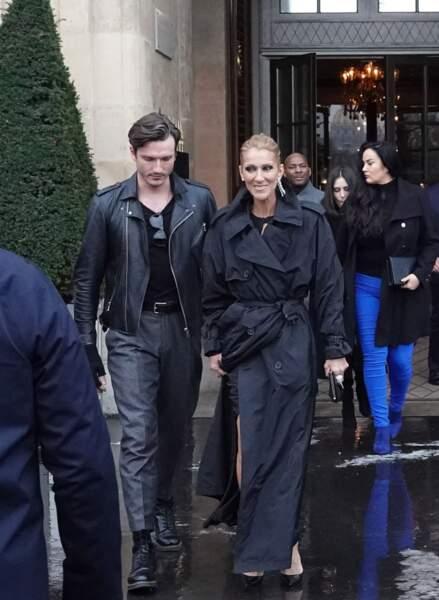 Céline Dion et Pepe Munoz quittent l'hôtel de Crillon