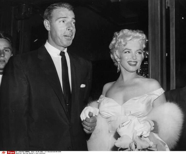 1955, marilyn au bras de Joe DiMaggio