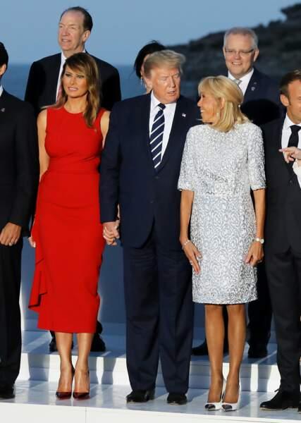 Brigitte Macron est encore une fois proche de Melania Trump sur cette photos prise dans le cadre du G7