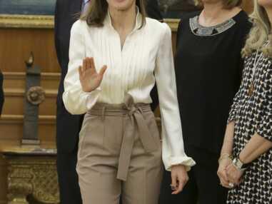 PHOTOS – Letizia d'Espagne, sublime en pantalon taille haute Massimo Dutti