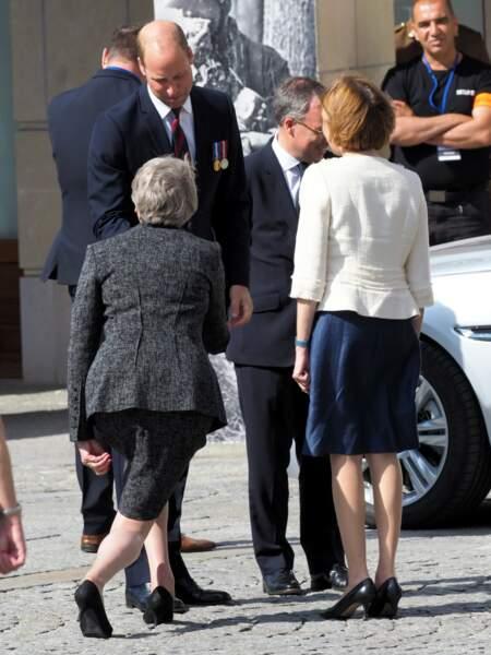 Ce n'est pas la première fois que la cheffe de l'Etat effectue un tel salut à l'un des membres de la famille royale