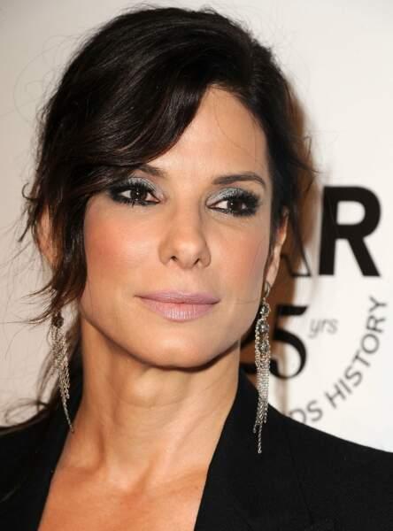 Un make up argent comme Sandra Bullock