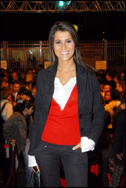 """Karine Ferri lors d'une représentation de la comédie musicale """"Le Roi Soleil"""" à Paris, en 2006"""