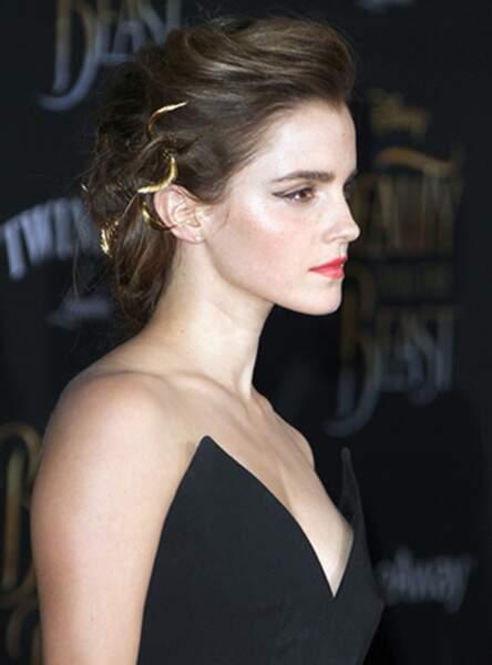 Les bijoux de tête dorés d'Emma Watson