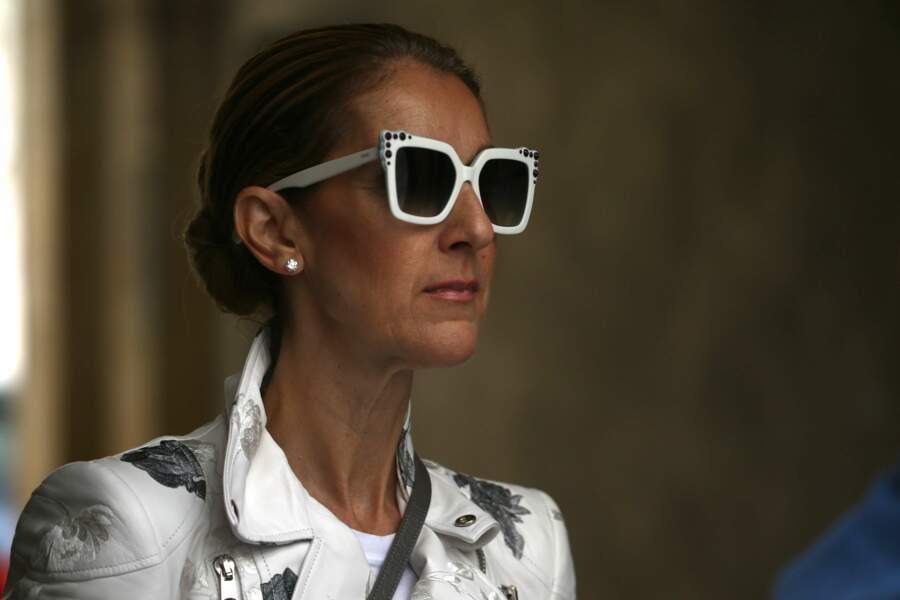 Céline Dion, devenue dingue de mode est de retour à Paris pour faire du shopping