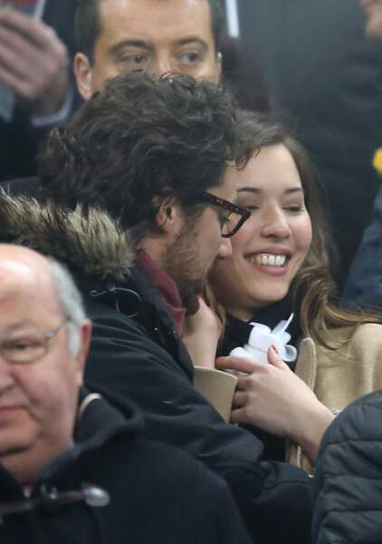 Chabadabada Thomas Hollande et Emilie Broussouloux regardent peu le match