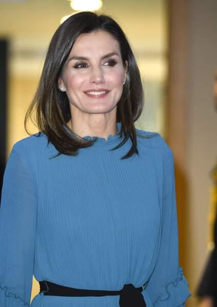 Letizia d'Espagne en combinaison robe plissée Zara à 12,99 €