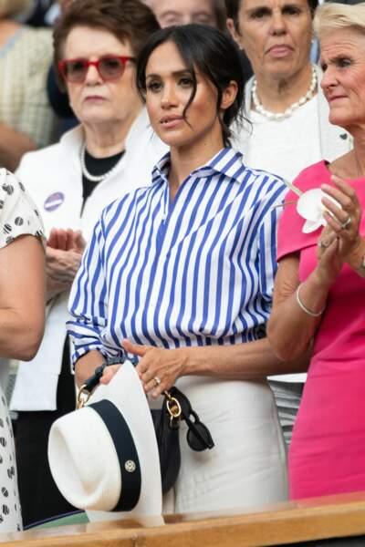Elle portait un ensemble signé Ralph Lauren.