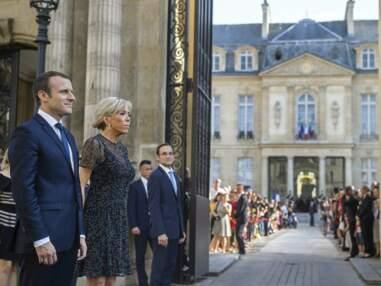 Look - Brigitte Macron en petite robe noire pour la fête de la musique