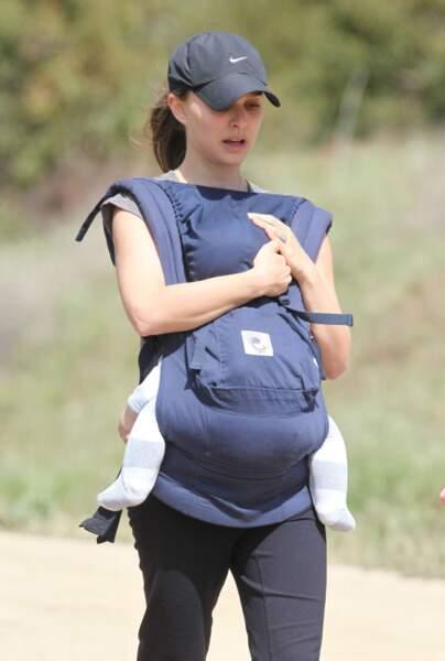 Nathalie Portman toute jeune maman avec Aleph nouveau né