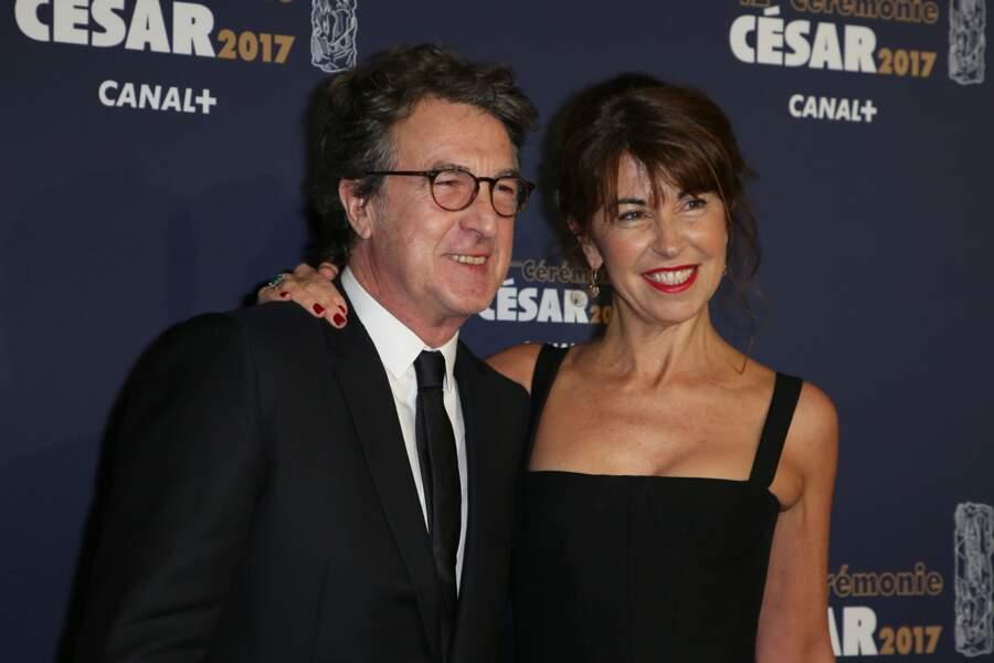François Cluzet et sa femme Narjiss à la 42ème cérémonie des Cesar à la salle Pleyel à Paris, le 24 février 2017