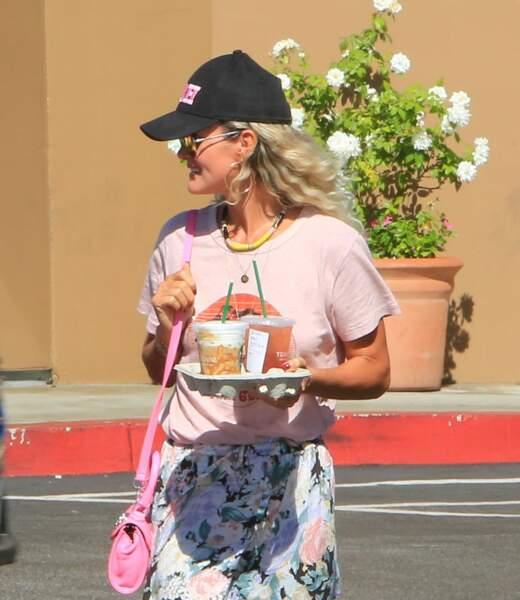 Laeticia Hallyday  : un look californien qui lui va bien