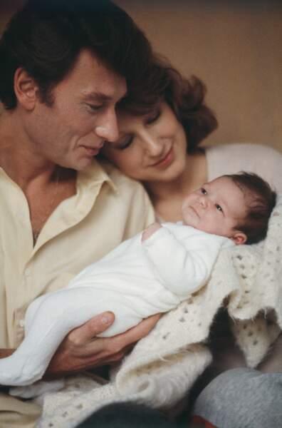 Nathalie Baye et Johnny Hallyday, à la naissance de leur fille Laura en novembre 1983