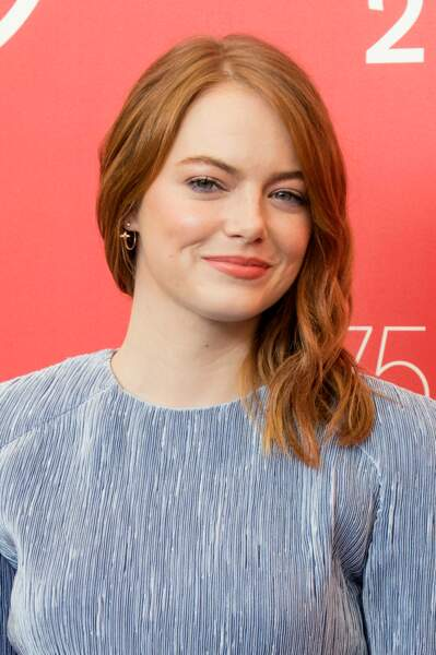 Une coupe wavy comme Emma Stone