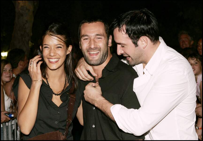 """Melanie Doutey, Gilles Lellouche et Jean Dujardin, à la première de """"Il ne faut juger de rien"""" à St Tropez en 2005"""