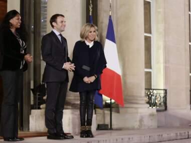 Brigitte Macron ultra rock en slim en cuir et bottines à doubles boucles dorées