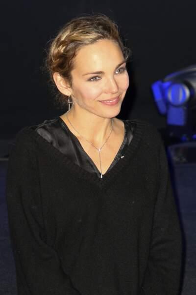 Claire Keim, et son chignon agrémenté d'une tresse sur le côté, au festival de Valenciennes en 2013