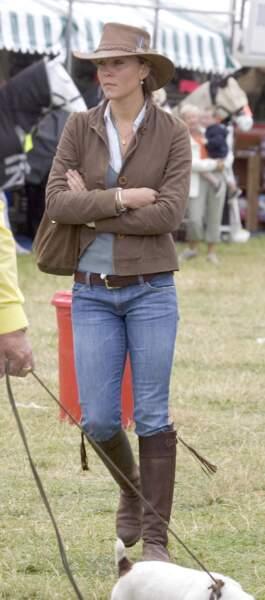 Kate Middleton les remet l'année suivante en 2005 lors du Gatcombe Festival