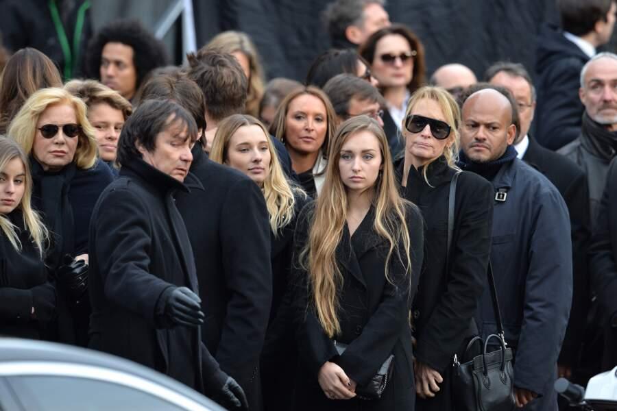 Sylvie Vartan, Ilona, Emma Smet, Estelle Lefébure - Sorties de l'église de la Madeleine après les obsèques de Johnn