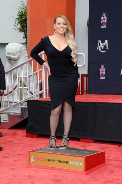Mariah Carey laisse ses empreintes dans le ciment