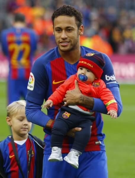 Avec son fils David Luca et un bébé