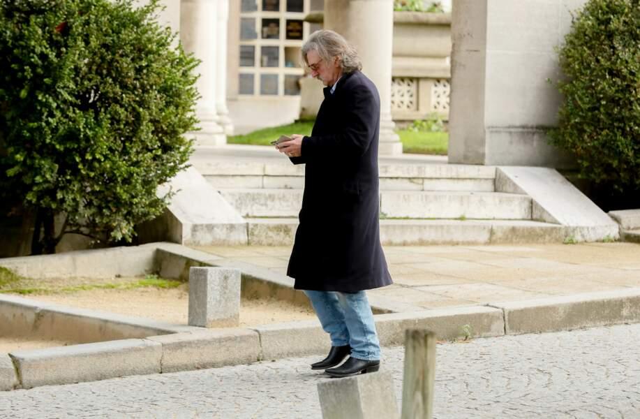 Daniel Auteuil au Père Lachaise pour les obsèques de Maria Pacôme, le 10 décembre 2018