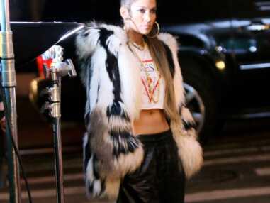 Jennifer Lopez cheveux ultra longs et look r&b dans son nouveau clip