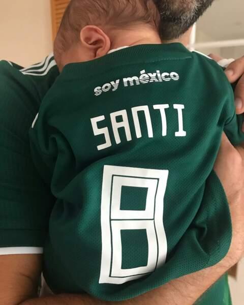 Santiago, le fils d'Eva Longoria et José Baston, supporter de l'équipe du Mexique durant la Coupe du Monde 2018