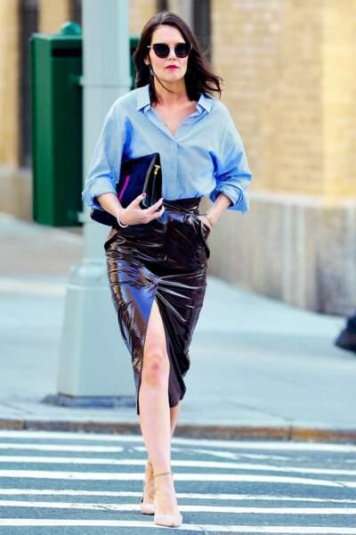 Katie Holmes sexy en mode business woman dans les rues de New-York le 14 mars 2019