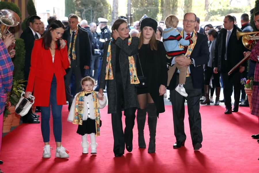 Camille Cottlieb au milieu de sa mère la princesse Stéphanie de Monaco et son oncle le prince Albert II de Monaco