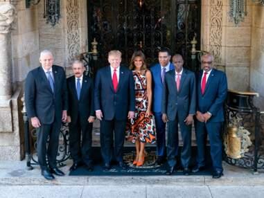 Melania Trump, très tendance, opte pour l'orange vif