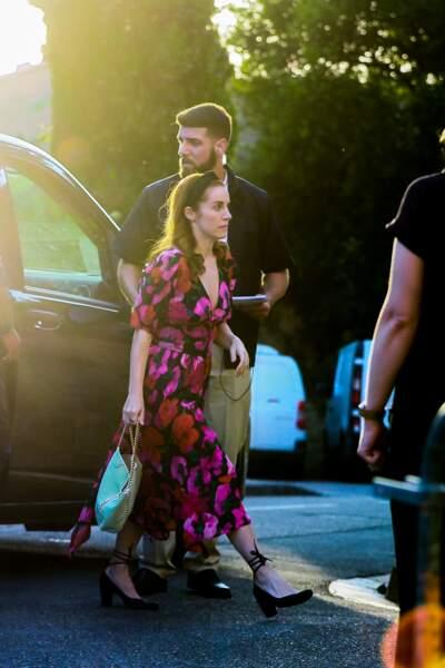 """Une autre invitée arrive à la """"Pre wedding party"""" des mariés à l'hôtel Crillon le Brave, le 27 juin 2019"""