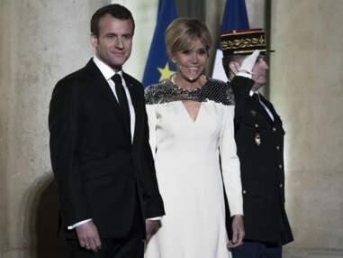 PHOTOS - Brigitte Macron très haute couture pour un dîner d'Etat face à Laurence Ferrari