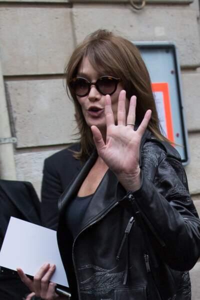 Carla Bruni-Sarkozy a fait sensation durant la Fashion Week de Paris