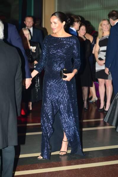 Meghan Markle sublime en robe scintillante Roland Mouret au cirque du soleil le 16 janvier