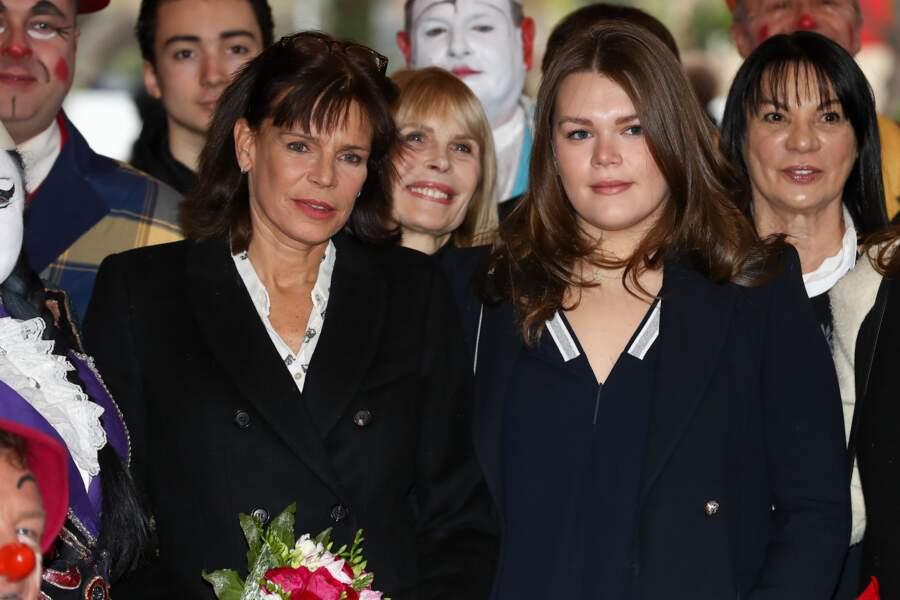 Stéphanie de Monaco et sa fille Camille Gottlieb assistent au Festival du Cirque de Monte-Carlo, le 22 janvier 2017