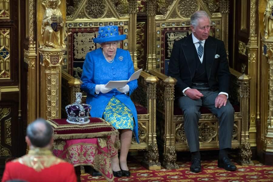 Elle est la porte-voix de la Première ministre britannique, Theresa May