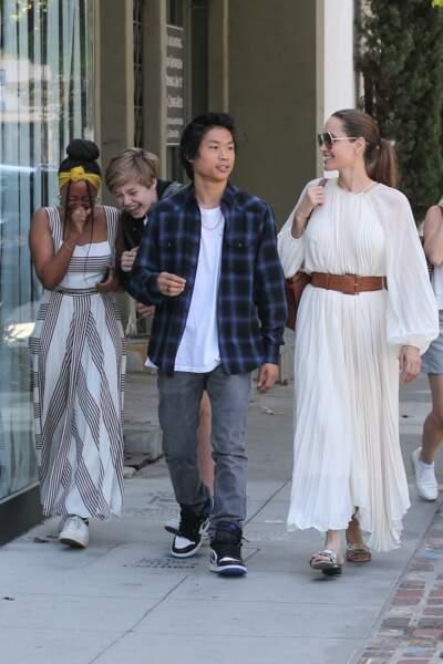 Shiloh, Zahara et Pax Jolie-Pitt étaient visiblement ravis de passer un peu de temps avec leur mère Angelina Jolie