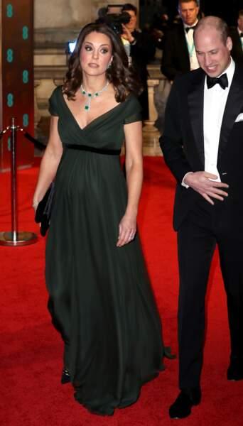 Kate Middleton, très enceinte le 18 février 2018