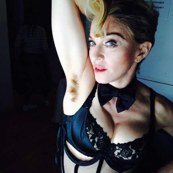 ... Une Madonna qui sait se faire pileuse.