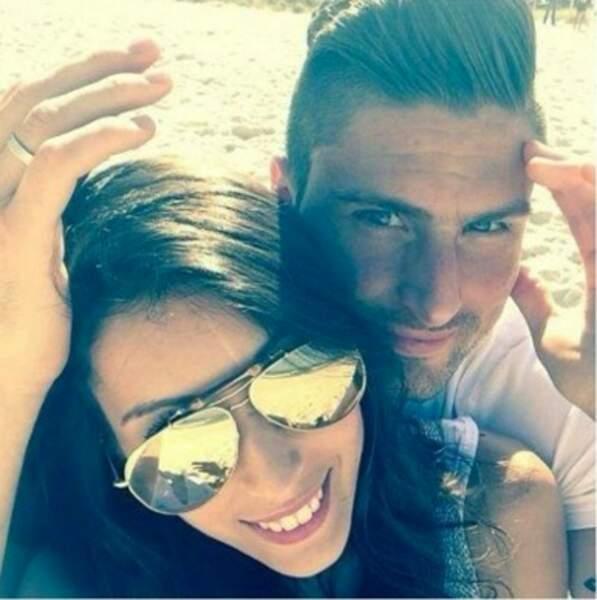 Olivier Giroud et Jennifer à la plage