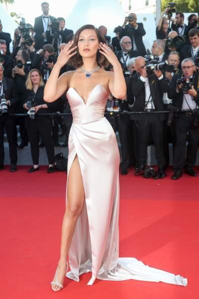Bella Hadid au Festival de Cannes le 17 mai 2017