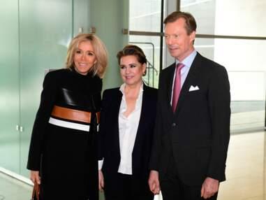 PHOTOS -Brigitte Macron recycle un manteau qui avait fait le buzz pour une bonne cause